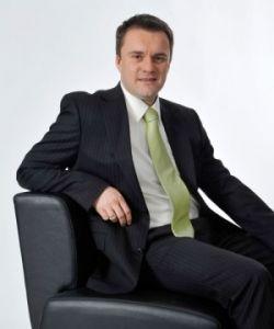 Porträt Helmut Hollweck von der PSD Bank
